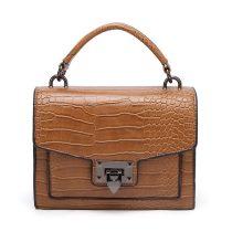 Keresztpántos táska krokodilbőr mintával, műbőr, világosbarna